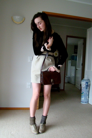 shirt - skirt - purse - shoes
