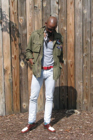 dark brown florsheim shoes - light blue H&M jeans - army green jacket
