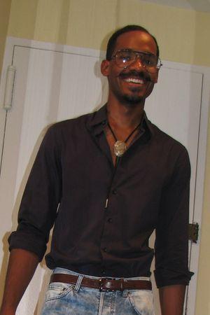black vintage glasses - white AD accessories - black thrifted tie - purple shirt
