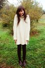 White-sweater-brown-leggings-brown-boots
