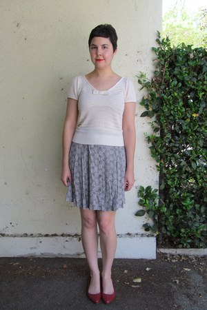 Urban Outfitters top - thrifted skirt - Mia flats