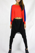 red 2amstyles top - black 2amstyles pants