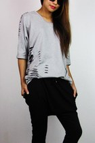 heather gray 2amstyles top - black 2amstyles pants