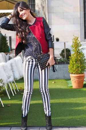 black pull&amp;bear boots - red Pull &amp; Bear jacket - black Primark bag