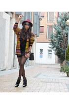 olive green vintage cardigan - black fama boots - magenta Italiano hat