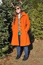 Black-mix-no9-boots-carrot-orange-lands-end-coat-navy-levis-jeans