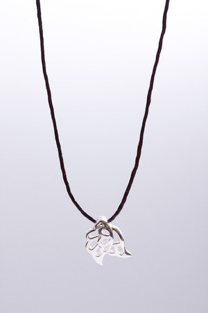 3 Wind Knots necklace