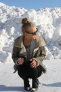 Gray-zara-coat-black-rayban-sunglasses-gray-gina-tricot-top-gray-gina-tric