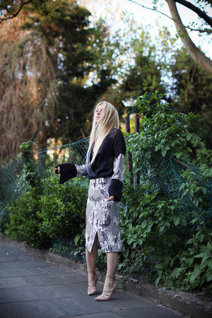 Topshop Unique Prefall skirt - Topshop Unique Prefall top - Kurt Geiger heels
