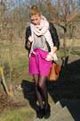 Black-oasis-boots-black-orsay-jacket-peach-bubble-knit-camaieu-scarf