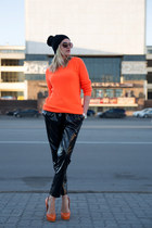 carrot orange H&M blazer - black Rihanna for River Island pants