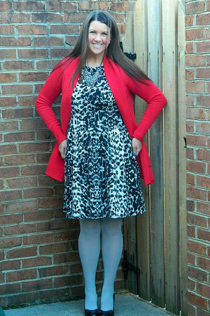red francescas sweater - Target dress - heather gray Forever 21 tights