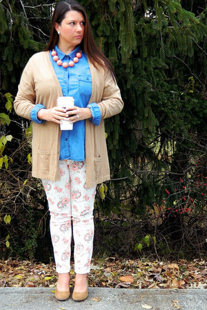 peach Groop Dealz necklace - blue Old Navy shirt - camel Target wedges