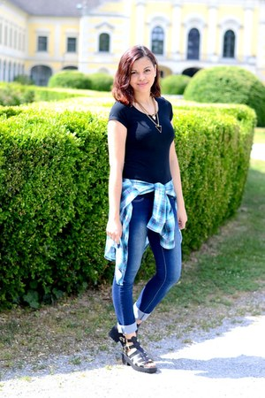 black clockhouse t-shirt - navy jennyfer jeans - turquoise blue H&M shirt