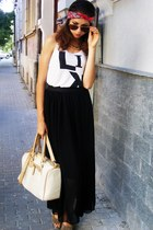 neutral bag - black dress - bronze sunglasses - off white top