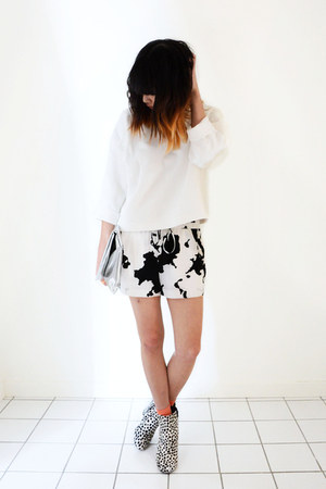 white printed LOTHIAN shoes - white thermofix Zara sweater