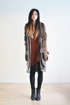 silver knit free people cardigan - black velvet romwe leggings