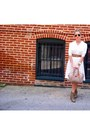 White-vintage-dress-tan-vintage-db-dooney-burke-bag-dark-gray-ray-bans-sun