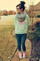 Just Usa jeans - lucky scarf - chevron Darby &amp; Dash top