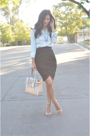 sky blue Gap shirt - neutral Reed Krakoff bag - black Dailylook skirt