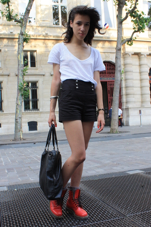 The Kooples shorts - Zara shirt - Dr Martens boots - Addicted purse - H&M socks