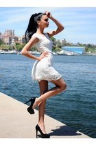 ivory Zonia dress - black heels