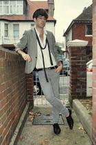 Topman blazer - H&M shirt - Topman scarf - Zara hat - Topman jeans - Topman shoe
