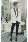 White-tuxedo-blazer