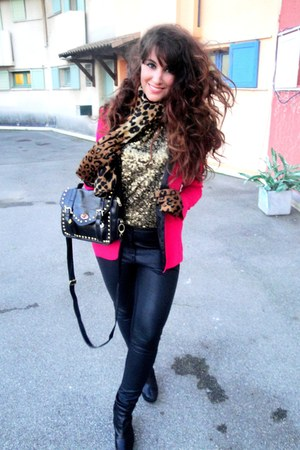 black H&amp;M pants - hot pink Zara blazer - gold H&amp;M top
