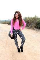 bubble gum H&M blouse - black Boohoo boots - heather gray Forever 21 pants
