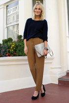 navy acne sweater - beige Zara bag - black acne pumps - mustard acne pants