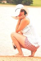 white Blue Beach hat - red stripes Zara scarf - white Rery top