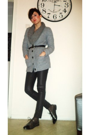 gray Migato loafers - black Bershka pants - heather gray Zara cardigan