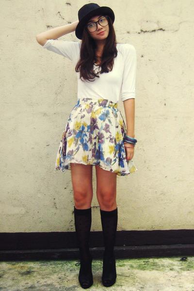 off white Forever 21 top - white Poisonberry skirt - black random stockings - bl