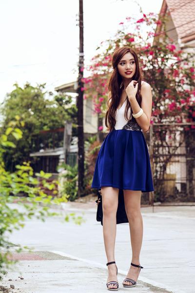 blue TFNC LONDON dress - black quilted La Moda UK bag