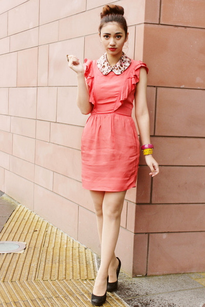 bubble gum collar Bedazzle Accessories accessories - coral Topshop dress