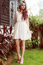 ivory backless romwe dress