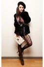 Black-dotted-asos-tights-dark-khaki-justfab-boots-black-fur-h-m-coat