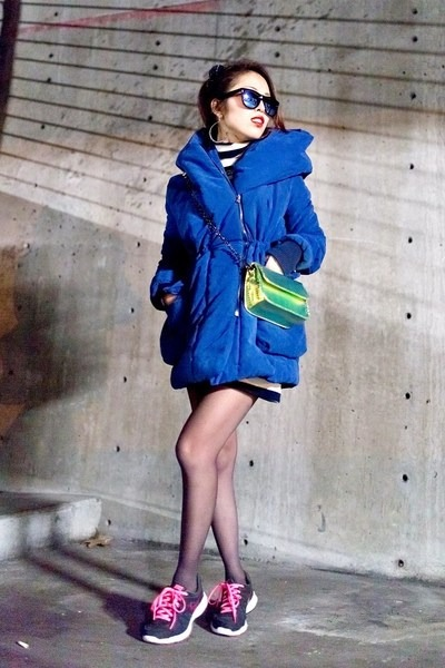 blue puffer nowIStyle coat - navy nowIStyle dress - gold hologram Nasty Gal bag