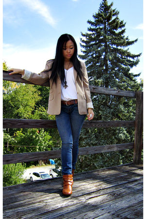 beige BCBG blazer - white Uniqlo t-shirt - blue PacSun jeans - orange cutesygirl