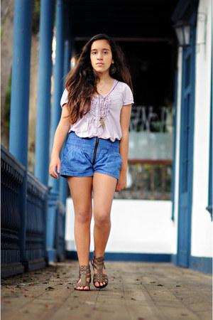 shorts - sandals - t-shirt - necklace
