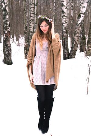 eggshell Love dress