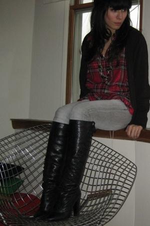 Zara sweater - Alexandria shirt - Zara jeans - Nina Ricci boots