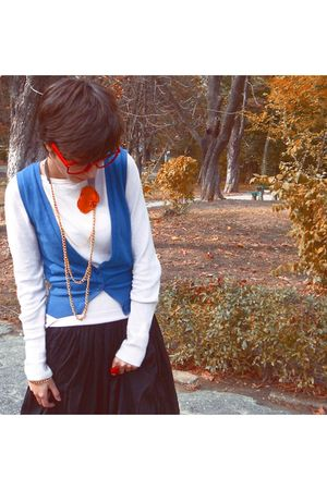 red - glasses - pink - blouse - black - skirt - blue vest - - bracelet - necklac