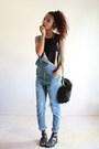 Black-faux-fur-ami-clubwear-purse-black-crochet-image-bra