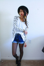 black bowler hat windsor hat - blue high waist shorts - white top