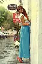 sky blue maxi raus skirt - gold crop raus top - carrot orange patent raus flats