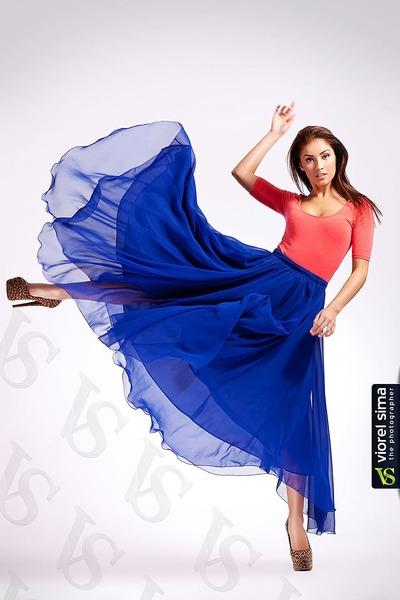 blue maxi vintage skirt - salmon salmon Zara bodysuit