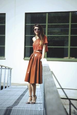 crimson lespecs sunglasses - Bik Bok top - H&M Trend skirt - Zara heels