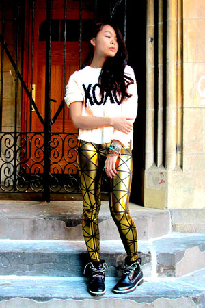BlackMilk leggings